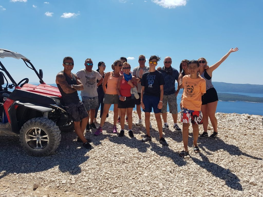 Buggy tour isalnd brac, buggy tour bol, activity in island brac, what to see in Brac, where to go in Brac, excursion island Brac, family activity, children activity brac