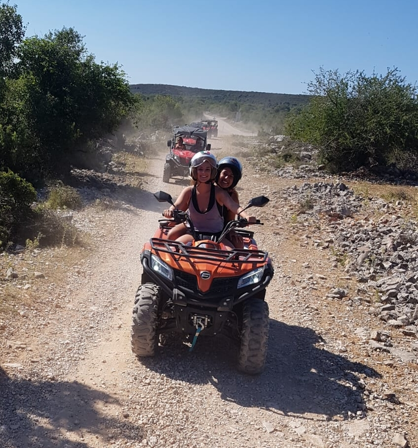 quided tour around the island Brac, things to do in Brac, active vacation, adventure
